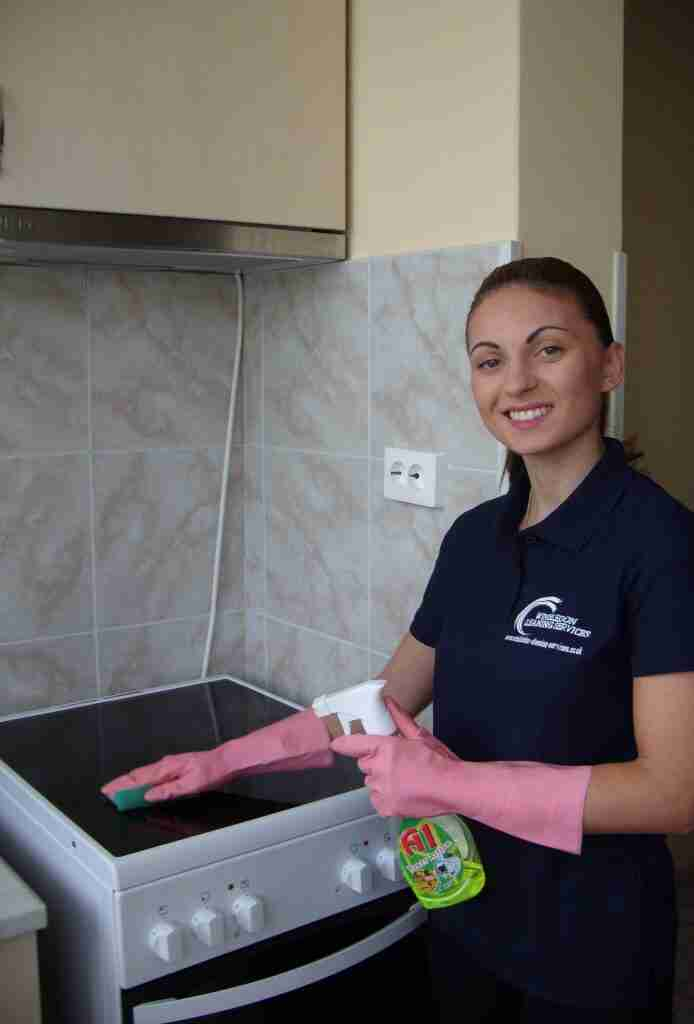 End of tenancy cleaning Barnes
